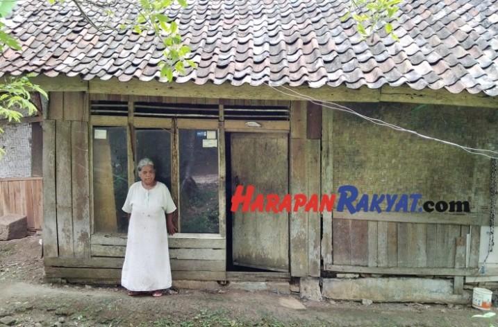 Miris! Nenek di Ciamis Ini Hidup Sebatangkara di Gubuk Reyot