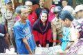 Puti Soekarno Berikan Bantuan kepada 120 KK Korban Banjir Ciamis