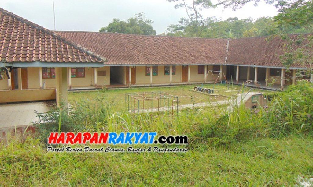 Bangunan TK Pembina Panawangan Ciamis Tiga Tahun Terbengkalai