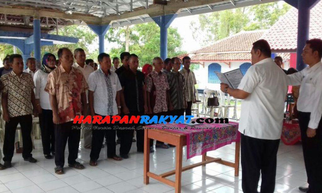 Puluhan Ketua RT/RW se-Desa Banjarsari Ciamis Resmi Dilantik