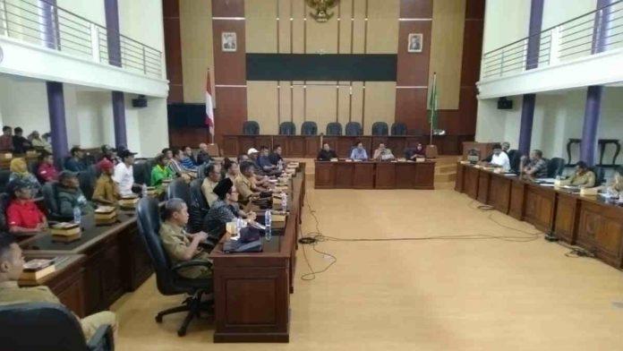 Bantuan Gempa tak Kunjung Cair, Warga Pamarican Ngadu ke DPRD Ciamis