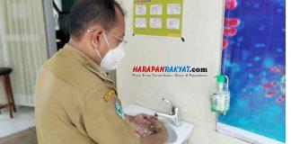 Hand Sanitizer vs Sabun Cair