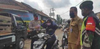 Pengunjung & Warga Pasar Banjarsari Ciamis Wajib Pakai APD Kesehatan