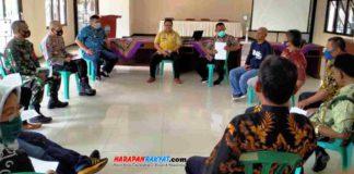 Koordinasi petugas Gugus Tugas Covid-19 Banjarsari Ciamis yang akan wajibkan warga 3M. Foto: Suherman/HR.