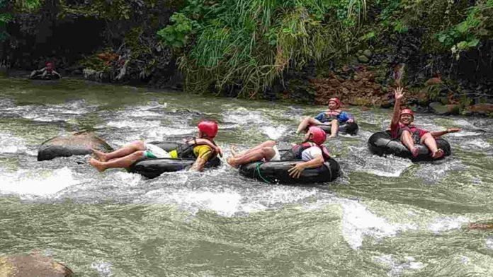 Wisata Sedekan River Tubing di Ciamis yang Bikin Ketagihan