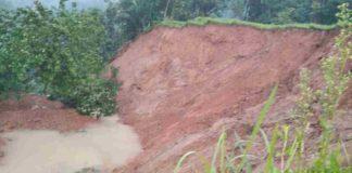 Longsor di Desa Pangkalan Pangandaran