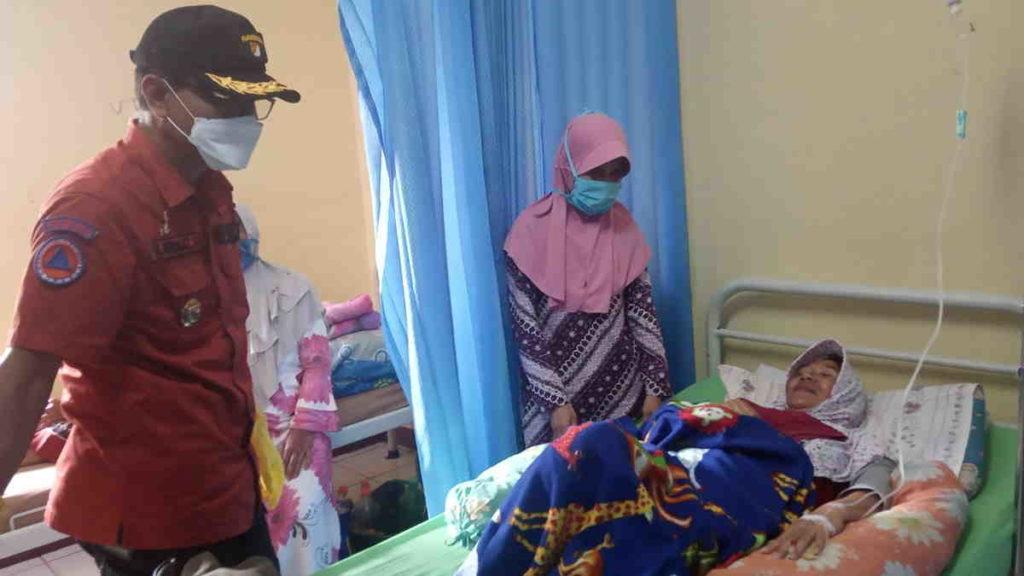 Bupati Ciamis Tengok Korban Keracunan Makanan di Kawali