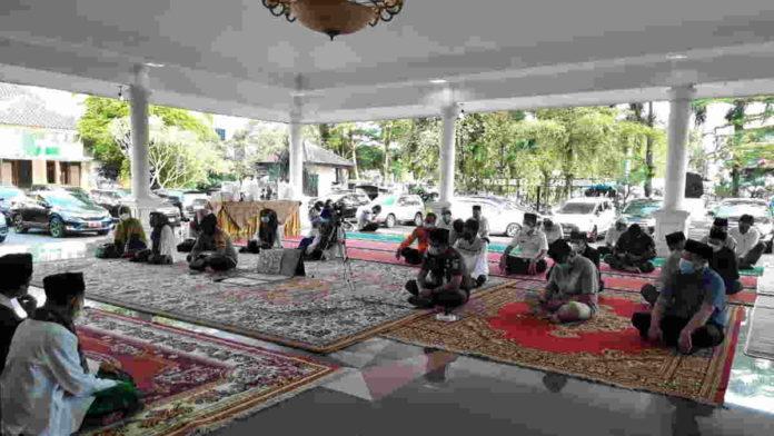 Peringati Nuzulul Quran, Warga Banjar Diajak Gelar One Day One Juz